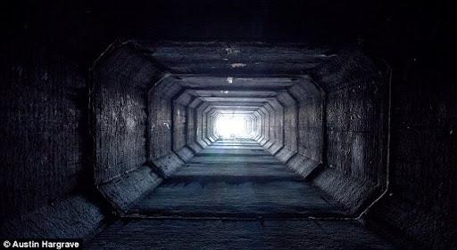las-vegas-tunnel-people (4)