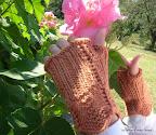 Arwen Fingerless Gloves
