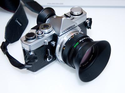 OLYMPUS M-1、OM-SYSTEM 28mm F2.8 MC