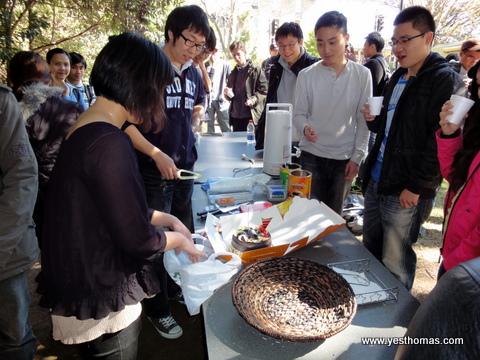 這天的Cafe & Cake聚會剛好有人生日,順便切蛋糕幫壽星慶生。