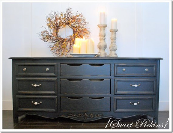 black dresser and teal dresser 009