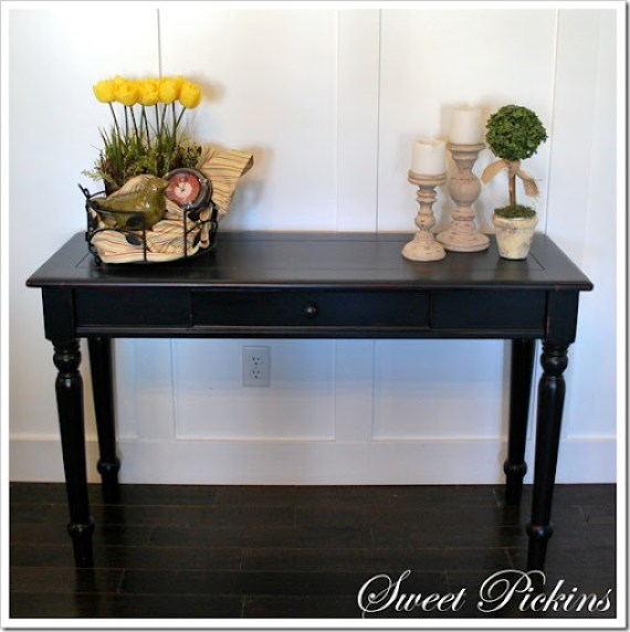 hutch and sofa table 001