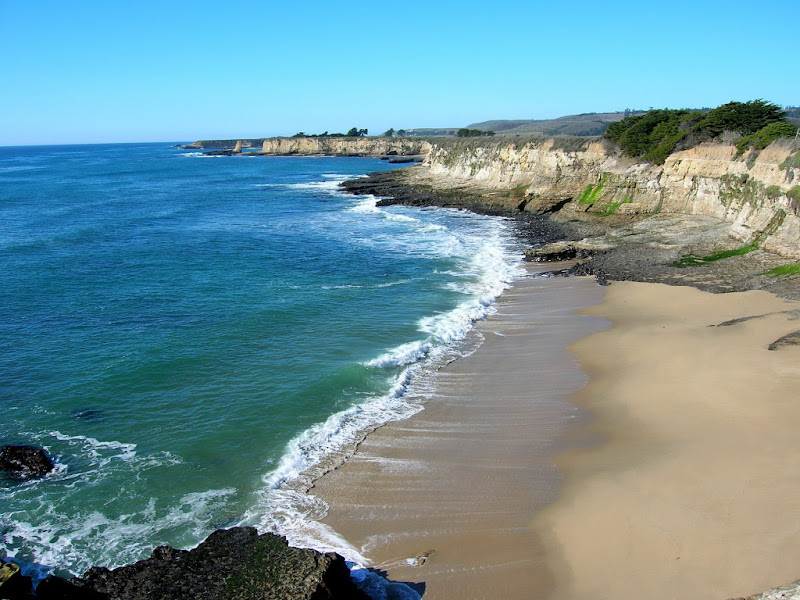 Another beatiful beach along the Oholone Bluff Trail