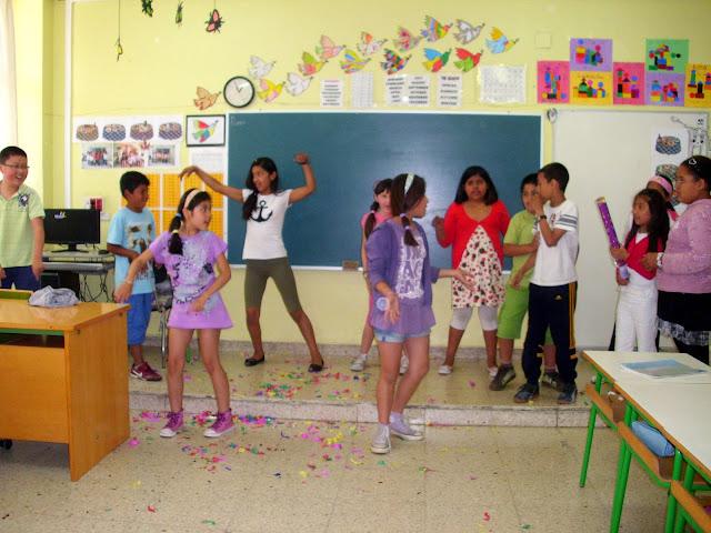 Fiesta en la clase de 4º (2010)