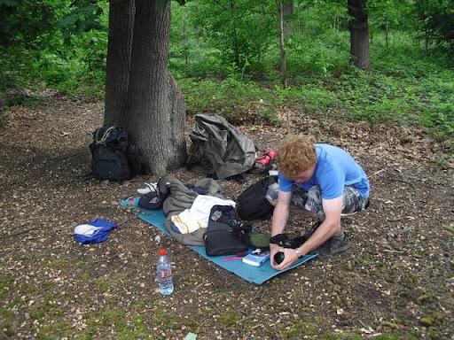 Die Kamera wird für den nächsten Tag  vorbereitet: Im Wald der Nutten: Bois de Boulogne.