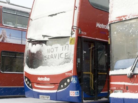bus_snow_440x330.FTqGaEPAVKUC.jpg