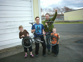 the team that found the bike: Rainey, me (though I didnt do much), Paul, and Torrent