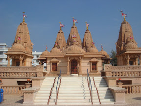 Swamy Narayan Temple at valsad
