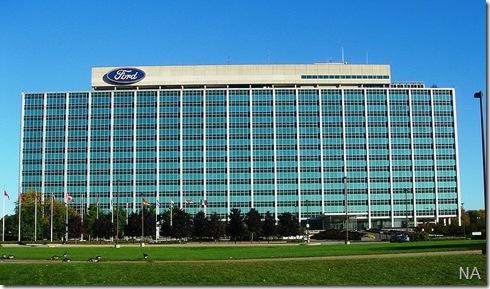 800px-FordGlassHouse