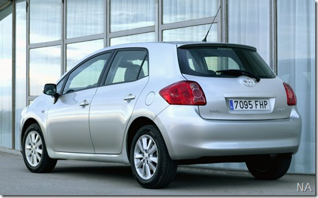 Toyota-Auris_