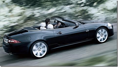 Jaguar-XKR_2010_800x600_wallpaper_0d