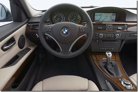 BMW-3-Series_2009_800x600_wallpaper_13
