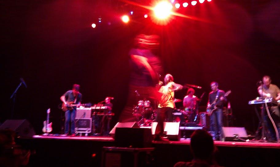 !!!, Sant Jordi Club, 12 de noviembre del 2010