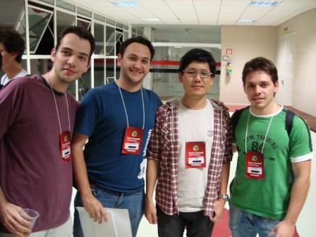Hugo, Akita, Ricardo e Eu