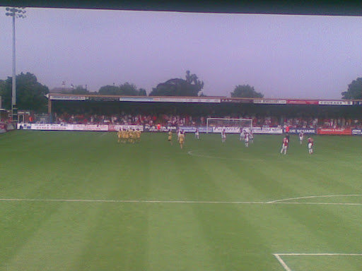 Rushden take the lead and celebrate in front of the Kiddy fans.