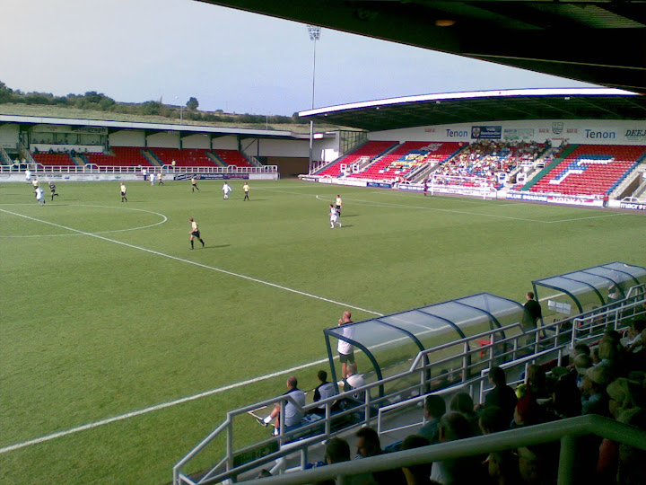 250 or so Burton fans...