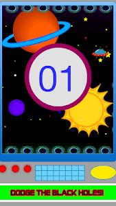 Avoid The Black Holes or Die! screenshot 2