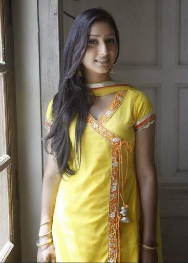 Disha Parmar Photos