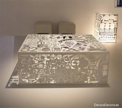 Originales mesas con tipografias.