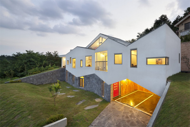 *首爾 Moon Hoon 全景六角形建築設計:溜滑梯+樓梯+書櫃強大結合! 10