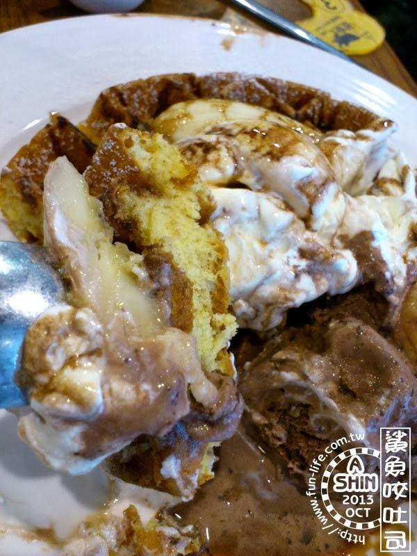 鯊魚咬吐司-「香蕉巧克力蜜糖鬆餅」