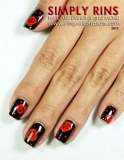 nail art - red roses black