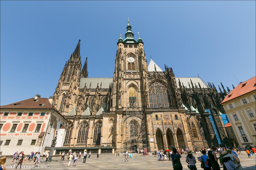 Прага. Собор Святого Вита. Южная башня и Золотые ворота