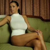 Ewa Sonnet Too Hot for Vube