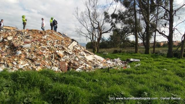 La montaña de escombros