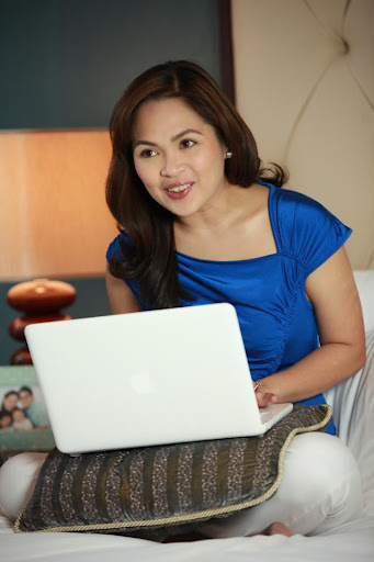 Johnson's Baby Milk Bath Live Chat with Judy Ann