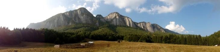 panorama munti Romania, Muntii Postavarul