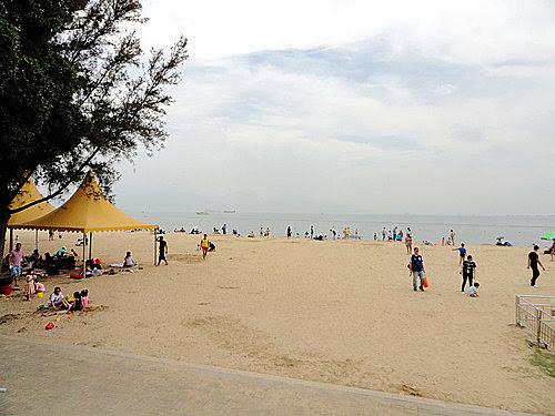 L J 的光影紀錄: 屯門-黃金海岸泳灘