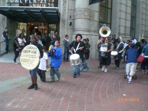 San Francisco'da sokak bandosu