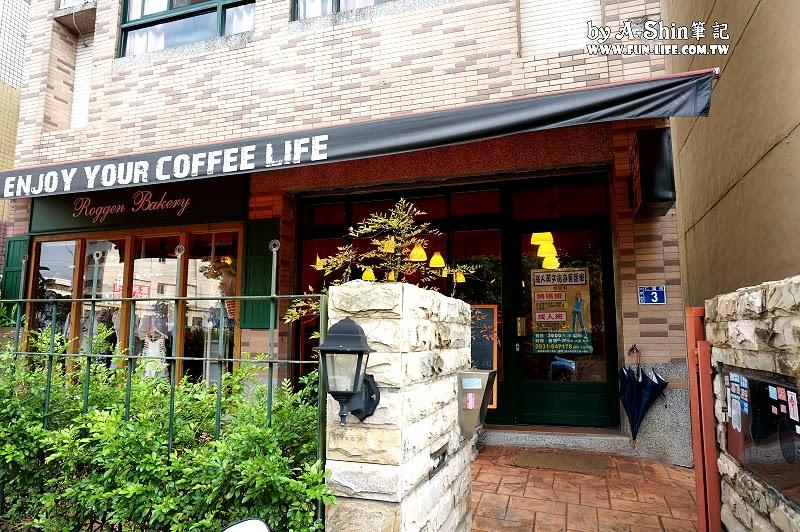 大門咖啡館2