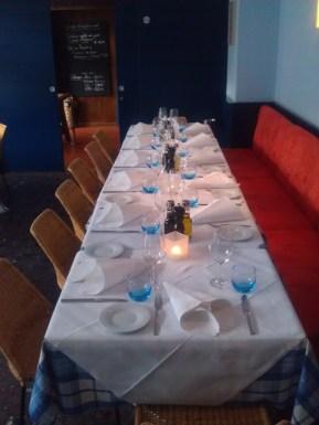 Langer Tisch im Santa Lucia