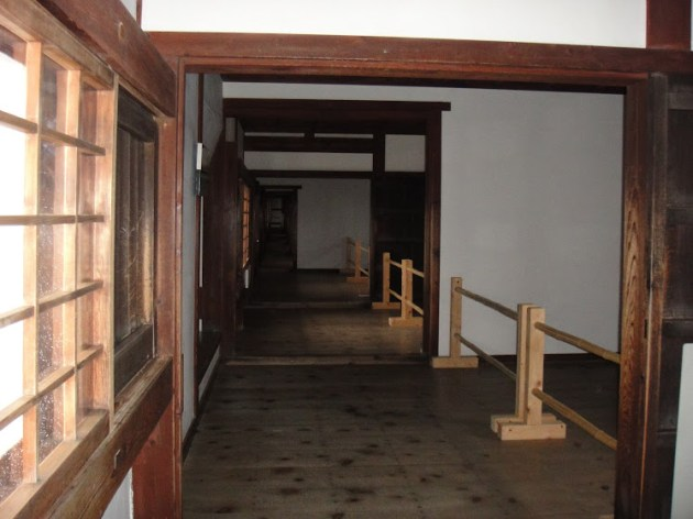 The entrance gets narrower