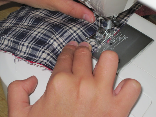 Making Purses with Children: A Design and Technology Project (1/6)