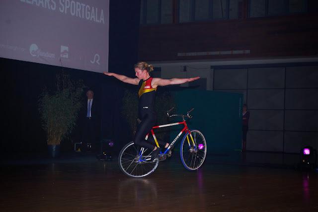 acrobatie op de fiets