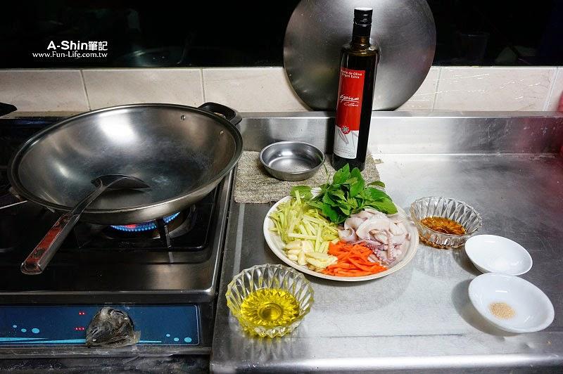 愛比諾橄欖油,芹菜炒透抽-6