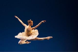 A un anno di distanza dal S.Carlo anche la scuola di ballo della Scalafesteggia il suo bicentenario