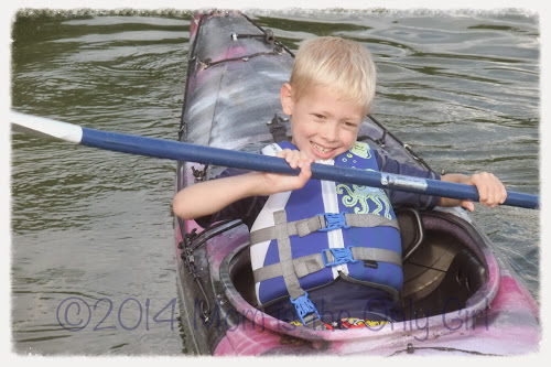 Cutie Pie Kayaking at http://www.momistheonlygirl.com