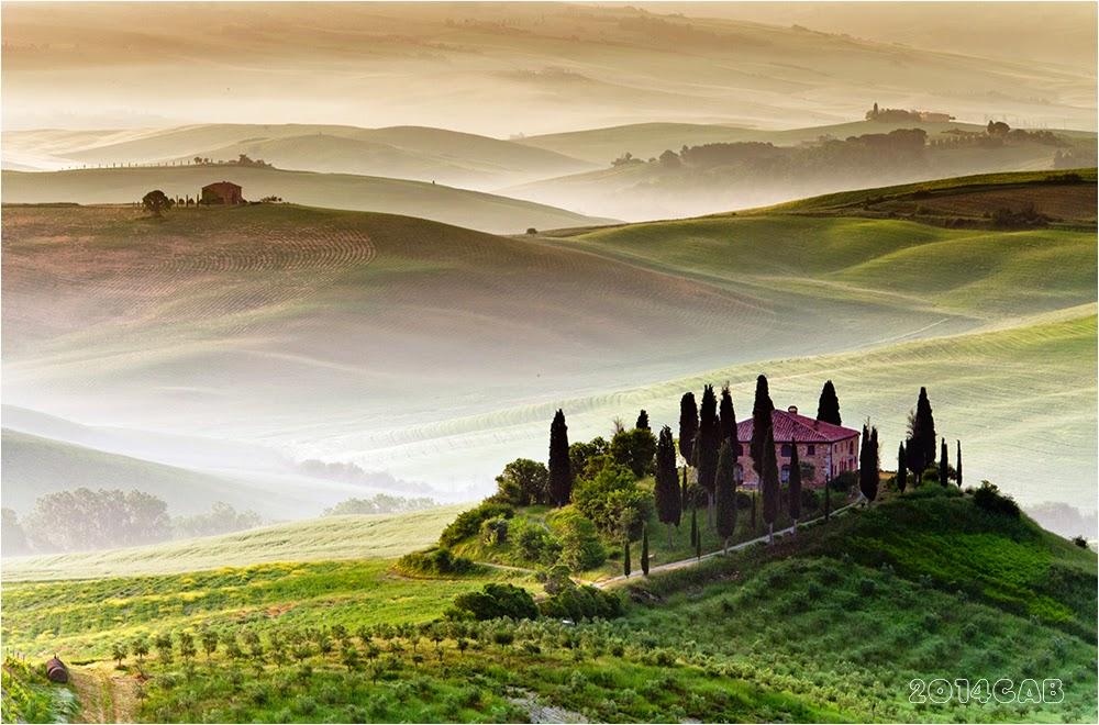 testclod Le val dOrcia en Toscane Italie