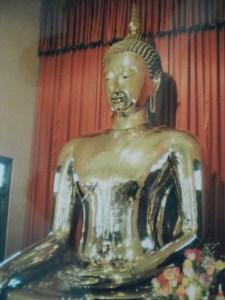 Altın Budha