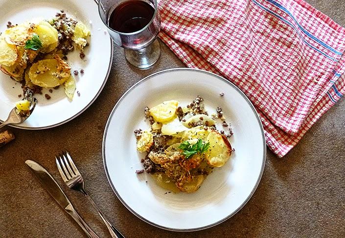 faire un plat avec des restes, gratin de pommes-de-terre et boeuf haché, plat réconfortant simple et rapide, recette fonds de placard, recette viande hachée