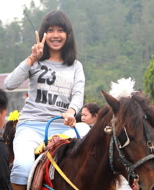 naik kuda salah satu alternatif hiburan - Foto wisata Guci