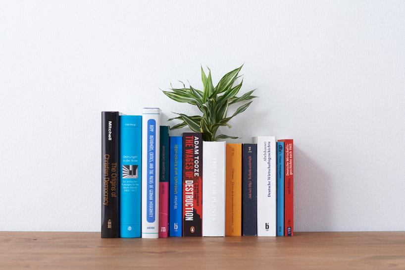 *YOY design studio 增加辦公桌收納設計:書本盆栽&浮空書擋! 2