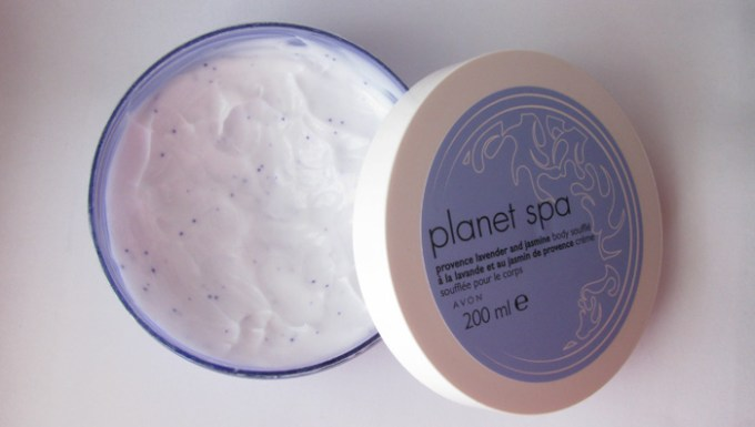 Avon-Plane-Spa-provence-lavender-and-jasmine-body-souffle-inside