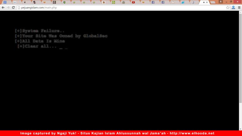 Tampilan pembuka situs Pejuang Islam NU Garis Lurus (http://www.PejuangIslam.com) yang dibobol hacker atau cracker.
