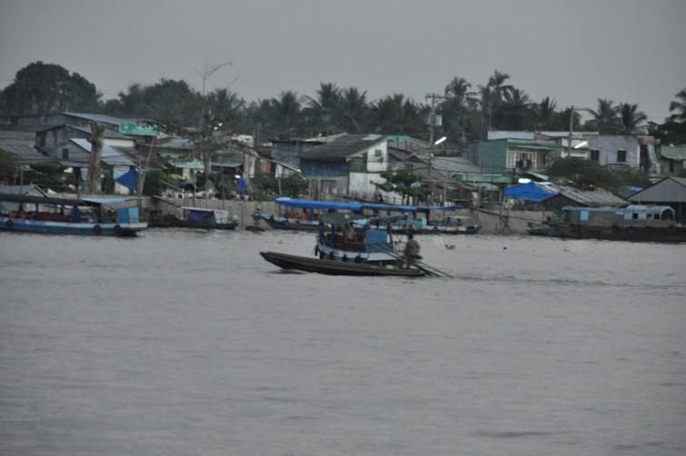 Image result for xóm Chài và bến ninh kiều
