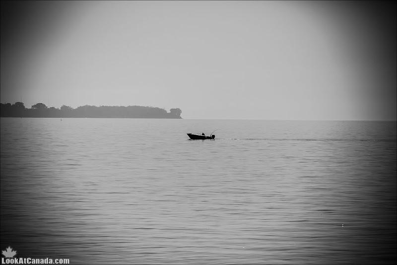 LookAtCanada.com / Рыбак Онтарио